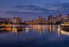 Aftonsikt av cityscape i Vancouver royaltyfria foton
