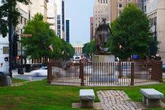 Aftonsikt på Raleigh, i stadens centrum NC arkivfoton