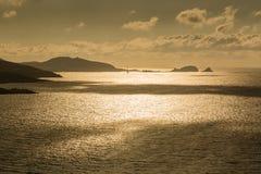 Aftonsol över Ile Rousse i Korsika Royaltyfri Foto