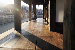 Aftonsol på den Hanok byn, Seoul, Sydkorea Arkivfoton