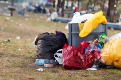 Afval in het park Royalty-vrije Stock Afbeelding