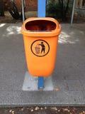 Afval of vuilnisbak stock foto's