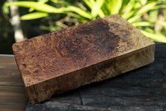 Afzelia burlträ som göras randig för bil för garnering för bildtryckinre, den exotiska trähärliga modellen för hantverk eller abs royaltyfria foton