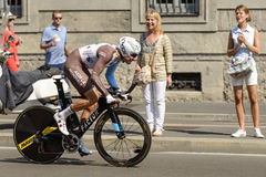 AG2R zespalają się konkurentów stojaki na następach przy Giro 2017, Mediolan Zdjęcie Stock