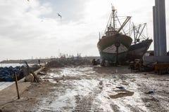 AGADIR MAROCKO - DECEMBER 15, 2017: Port av Essaouira från Arkivbild
