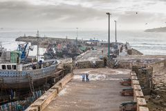 AGADIR MAROCKO - DECEMBER 15, 2017: Port av Essaouira från Royaltyfri Bild