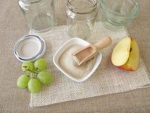 Agar, słoje i owoc, Fotografia Stock