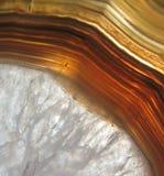 agatean洞水晶被装载的岩石vug 免版税库存照片