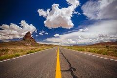 Agathla峰顶,高速公路163,亚利桑那,美国 库存图片