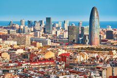 Agbar塔的风景鸟瞰图在巴塞罗那 图库摄影