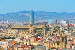 Agbar Góruje Torre chwały i panoramę centrum Barc Zdjęcie Stock