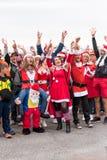 AGDE, FRANCIA - 9 DE SEPTIEMBRE DE 2017: Mascarada del ` s del Año Nuevo en la exposición de los coches retros Volkswagen Copie e Foto de archivo