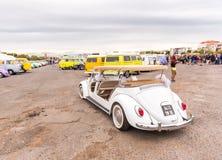 AGDE FRANCJA, WRZESIEŃ, - 9, 2017: Biały odwracalny samochód Zdjęcia Stock