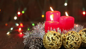 Agencement de Noël Bougies brûlantes banque de vidéos
