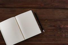 Agenda met een potlood stock fotografie