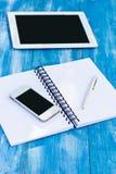 Agenda, mobiele telefoon, tabletpc Royalty-vrije Stock Fotografie