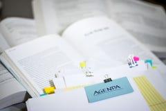 Agenda; Sterta dokumenty z duże ilości Czytelniczy materiał Zdjęcia Royalty Free