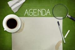 Agendy pojęcie na blackboard z pustym papierem Fotografia Royalty Free