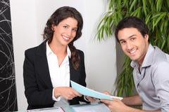 Agent et client Images stock