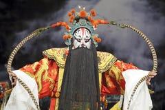 Agente chino de la ópera con el traje tradicional Fotos de archivo