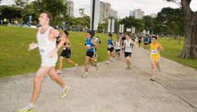 Agenten bij de Marathon 2008 van Singapore Royalty-vrije Stock Afbeeldingen