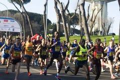 Agenten bij Halve Marathon Romaostia 2014 Stock Afbeelding