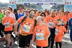 Agenten bij het begin van de 24ste uitgave van de Marathon Fr van Rome Royalty-vrije Stock Afbeeldingen