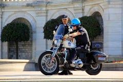 Agentes da polícia da capital dos E.U. imagem de stock royalty free