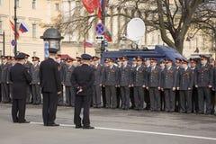 Agentes da polícia da cidade de St Petersburg. Imagem de Stock