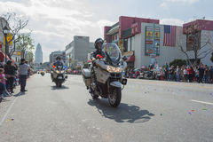 Agentes da polícia nas motocicletas que executam em Fotografia de Stock Royalty Free