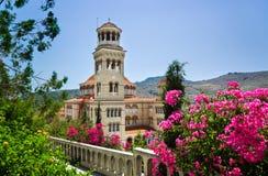 Aggi Nectarios della chiesa sull'isola Aegina, Grecia Fotografia Stock Libera da Diritti