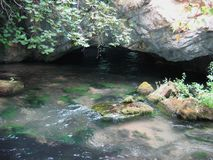 Aggitis grottadrama Grekland royaltyfri bild