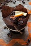 Agglutini con le fette di nastro arancio e decorativo Fotografie Stock