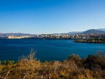 Aghios Nicolaos schronienie, widok od wzgórza Fotografia Royalty Free