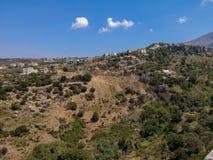 Agia Irini, Grecja Lipiec 27 2016: Panoramiczny widok góry Zdjęcie Royalty Free