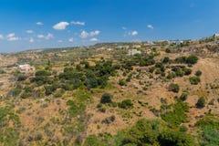 Agia Irini, Grecja Lipiec 27 2016: Panoramiczny widok góry Fotografia Stock