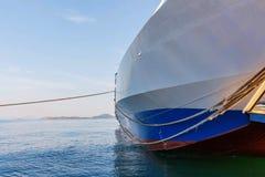 Agia Triada ładunku statek na wybrzeżu port Obraz Stock