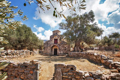 Agii Apostoli拜占庭式的教会在纳克索斯 免版税库存照片
