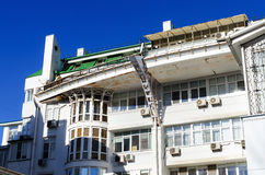 Aging modern building Royalty Free Stock Images