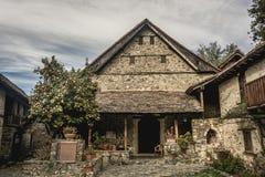 Agios Ioannis Lampadistis Monastery na vila de Kalopanagiotis Distrito de Nicosia, Chipre imagem de stock