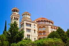 Agios Nectarios de la iglesia en la isla Aegina, Grecia Foto de archivo libre de regalías