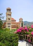 Agios Nectarios de la iglesia en la isla Aegina, Grecia Fotografía de archivo libre de regalías