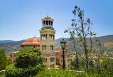 Agios Nectarios de la iglesia en la isla Aegina, Grecia Fotografía de archivo