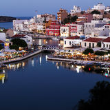 Agios Nikolaos City nachts, Kreta, Griechenland Lizenzfreies Stockbild