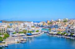 Agios Nikolaos Crete, Grecja,/ Agios Nikolaos jest miejscowość wypoczynkowa w Crete i nabrzeżny komunalne jeden Moscow panoramicz Fotografia Stock