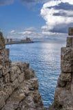 Agios Nikolaos forteca na Mandraki schronieniu Rhodes Zdjęcie Stock