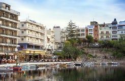 AGIOS NIKOLAOS, GRECJA - OKOŁO MAJ 2008: Panoramiczny widok nadbrzeże Agios Nikolaos, Crete wyspa, Grecja, około Maj 2008 Obraz Royalty Free