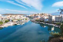 Agios Nikolaos i Voulismeni jezioro w Crete wyspie Obrazy Stock