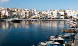 Agios Nikolaos miasteczka port w Crete, Grecja Obraz Stock