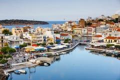 Agios Nikolaos miasteczko przy lata popołudniem Fotografia Stock